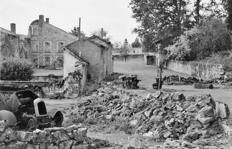 test photo album/Oradour sur Glane Village burned by Germans in 1944: www.chuckspeed.com/de_Chillaz/photo album/slides/Oradour sur Glane...